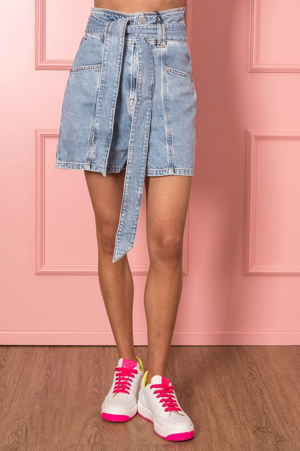 Tommy Hilfiger Shorts mom fit in denim